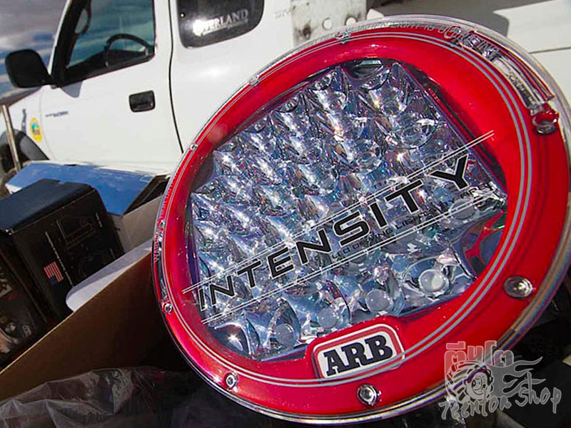 ARB Intensity LED Driving Lights มีจำหน่ายแล้วครับ http://www.arb.com.au/products/vehicle-lighting-accessories/arb-led-range/