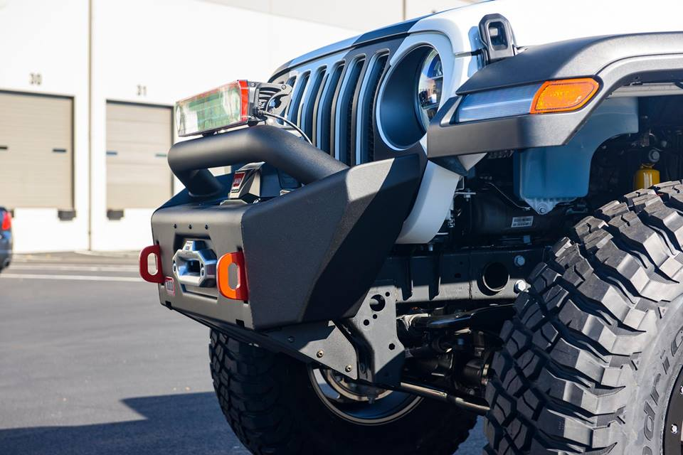 อุปกรณ์เสริม ARB ใหม่สำหรับ jeep wrangler ARB Rear BumperSafari SnorkelOld Man EMU Suspension KitARB Roof Rack