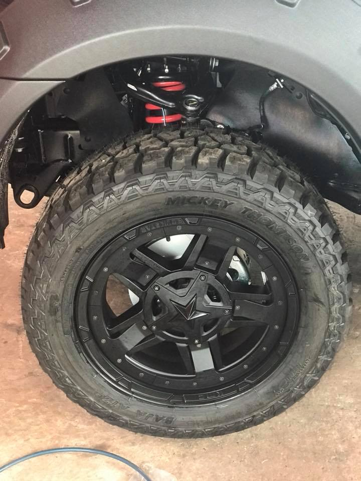 Pedders Suspension Touring kit Full setPedders Brake system 1 setKMC Rockstar Wheel R20Mickey Thompson 285/55-R20 สเต็ปรถไทบ้าน