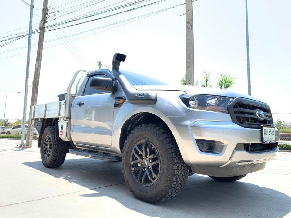 Safari Snorkel ติดตั้งใน Ford SWB Bi-Turbo