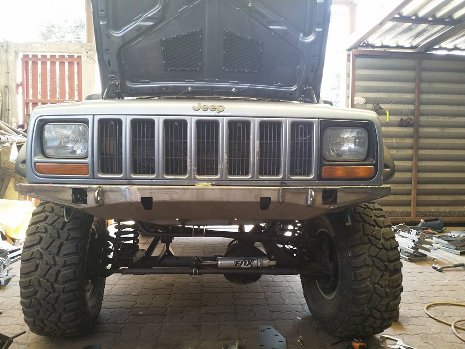 SupperSlim Jeep XJ Bumper งานสร้างโดย Rockcountry