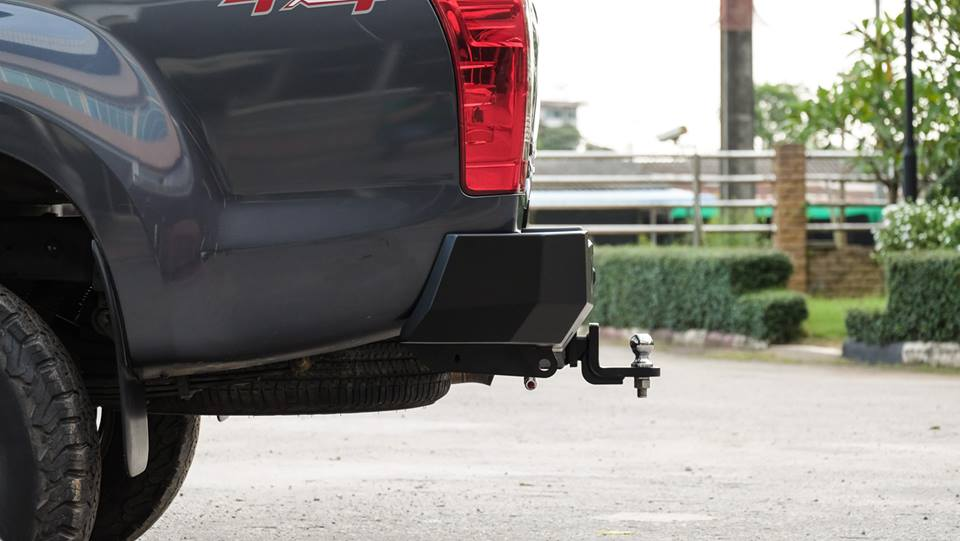 กันชนท้ายเปี๊ยก ระยอง Hip to be square. Premium Rear Step Tow Bar _ Isuzu D-Max 2017 Onwards